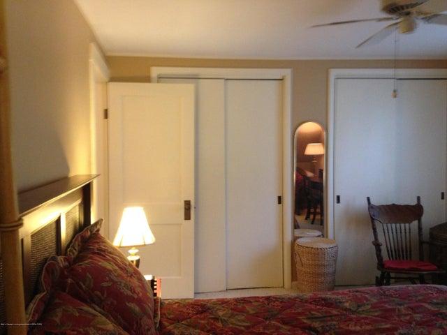 523 Hunter Blvd - Master Bedroom - 13