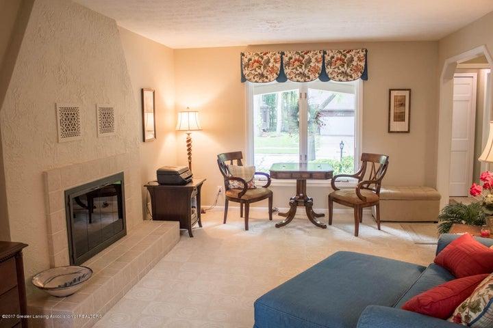3906 Hemmingway Dr - Living Room - 44
