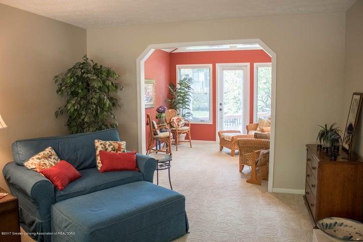 3906 Hemmingway Dr - Living Room - 43