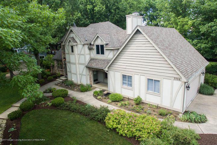 3906 Hemmingway Dr - Front Aerial - 2