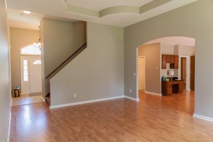 1761 Hamilton Rd - Living Room - 17