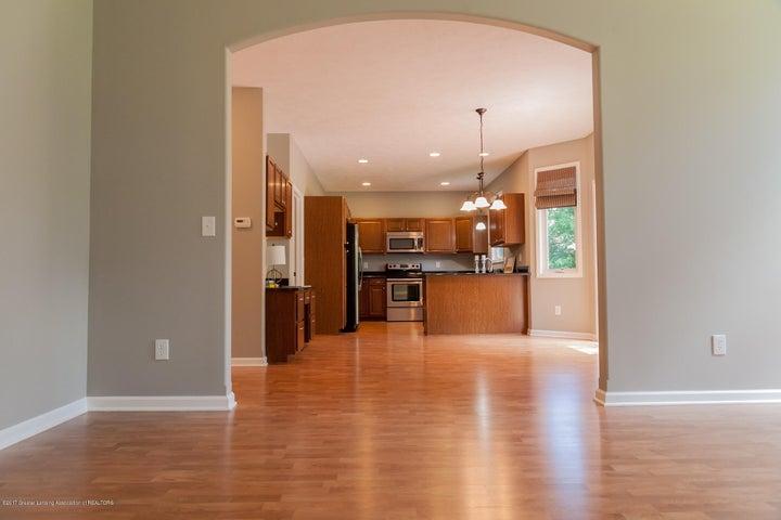 1761 Hamilton Rd - Living Room to Kitchen - 19