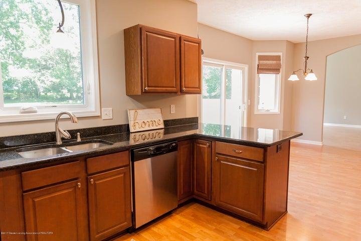 1761 Hamilton Rd - Kitchen - 24