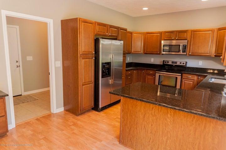 1761 Hamilton Rd - Kitchen - 26