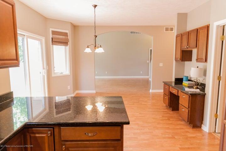 1761 Hamilton Rd - Kitchen - 27