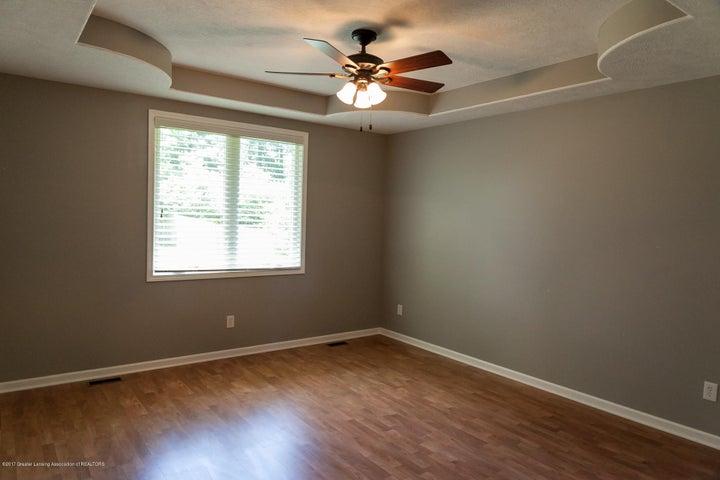 1761 Hamilton Rd - Master Bedroom - 32
