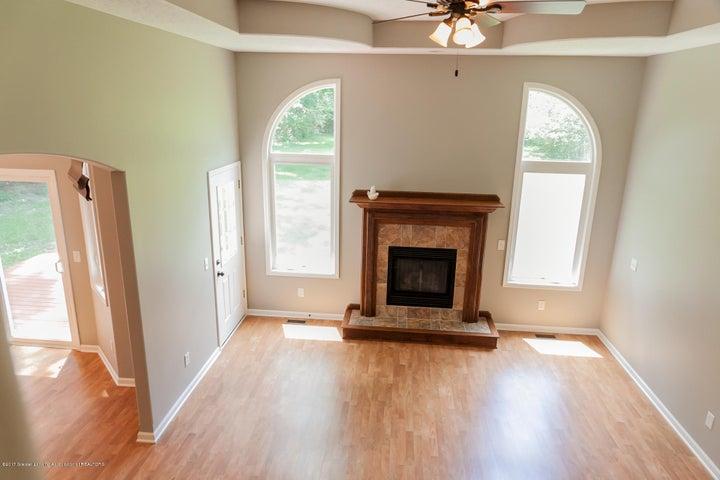 1761 Hamilton Rd - Living Room - 14