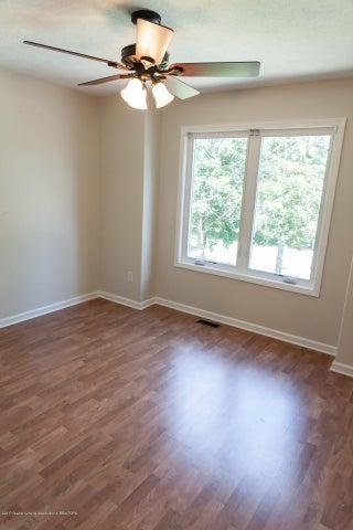 1761 Hamilton Rd - Bedroom - 43