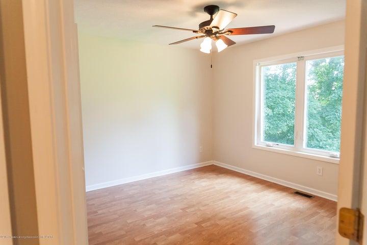 1761 Hamilton Rd - Bedroom - 54