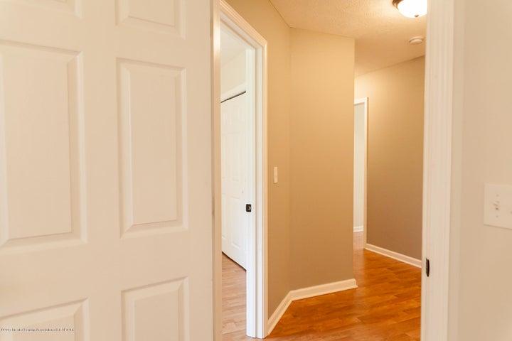 1761 Hamilton Rd - 2nd Level Hallway - 55