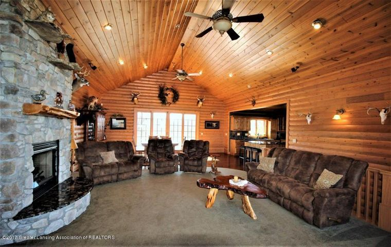 5216 E Centerline Rd - Living Room - 5