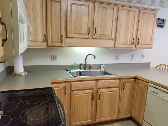 721 Fieldview Dr - kitchen2 - 8
