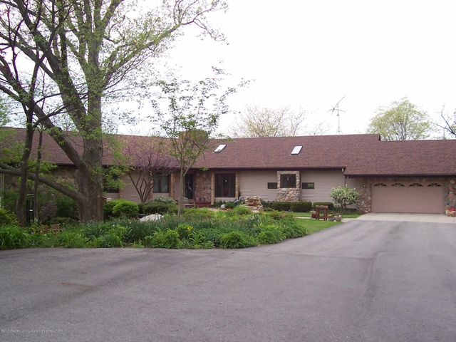 797 Haslett Rd - Front Photo - 1