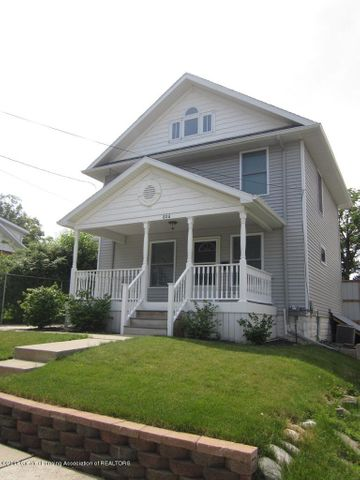 806 Larned St - Front - 1
