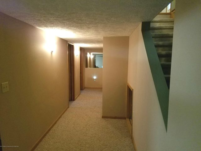 721 Fieldview Dr - Basement Hallway - 26
