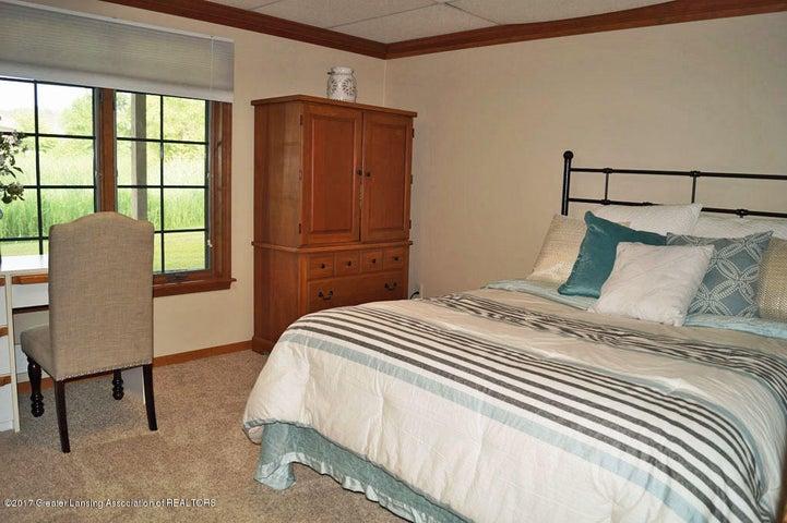 6404 E Island Lake Dr - Bedroom 5 - 37