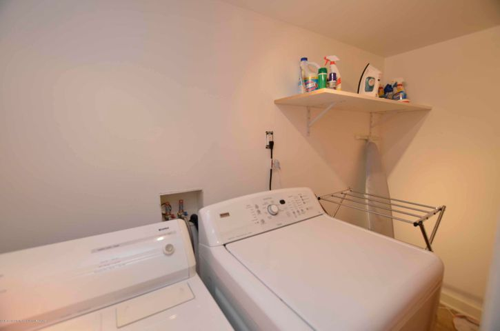 619 Cornell Ave - LAUNDRY - 28
