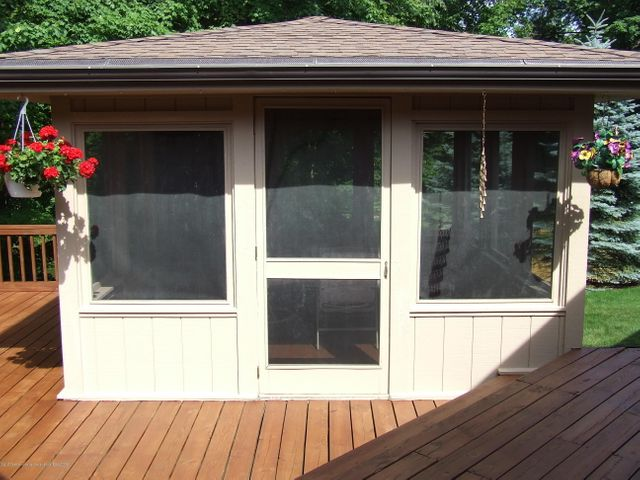 1083 Brookside Dr - Screened porch - 22