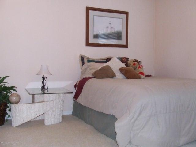 1083 Brookside Dr - Bedroom - 15