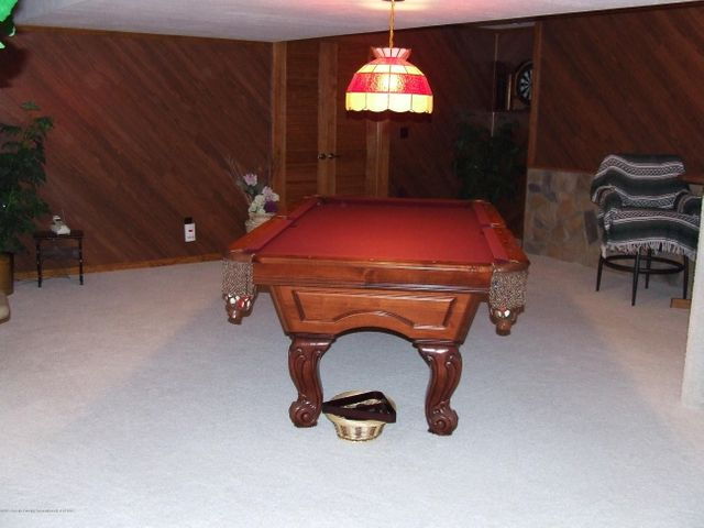 1083 Brookside Dr - Family/game room - 20