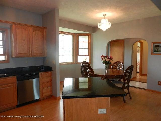8800 W Parker Rd - kitchen/dining - 7