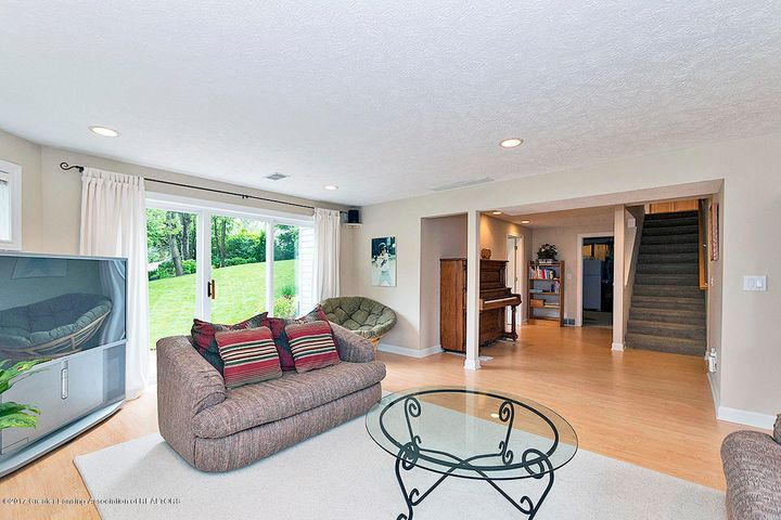 1817 Elk Ln - Family Room - 12