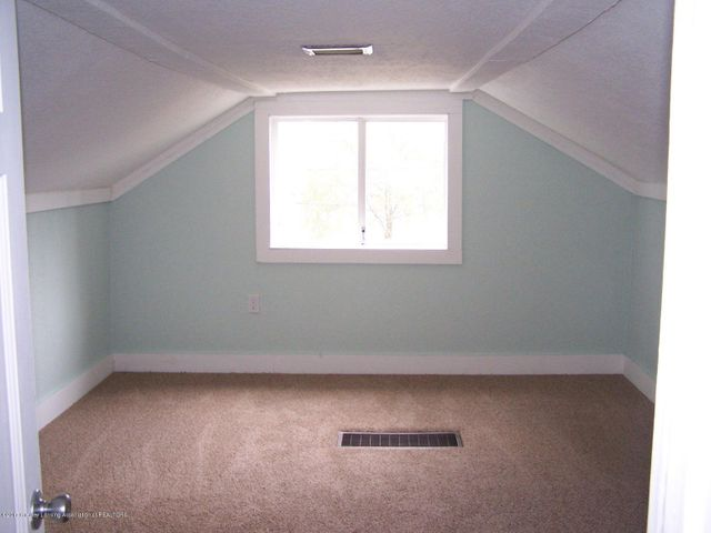 919 Hall St - Bedroom4 - 25