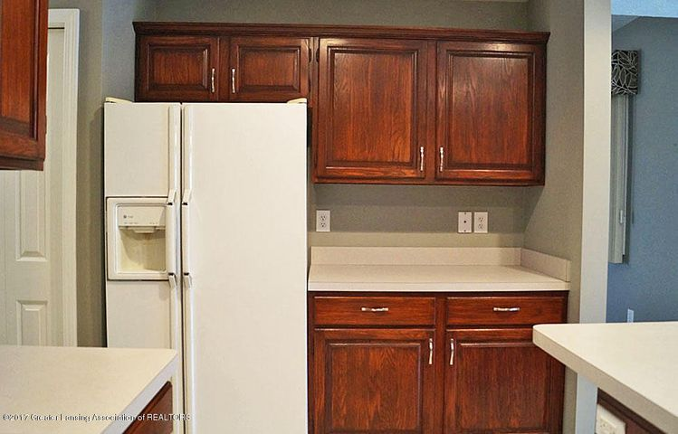 7601 Sugar Maple Cir 6 - Kitchen - 14