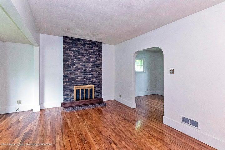 808 Downer Ave - Living Room - 3
