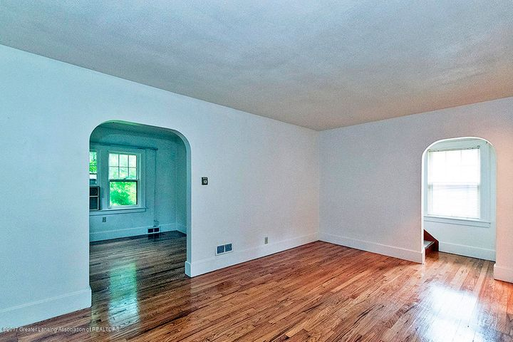808 Downer Ave - Living Room - 9