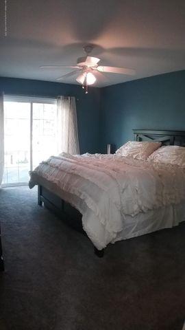 1811 Merganser Dr - M master bed - 27