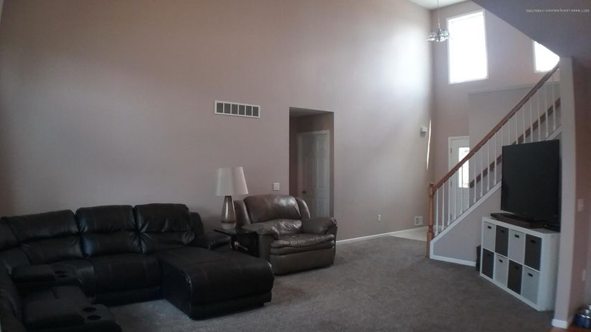 1811 Merganser Dr - M living room 2 - 4