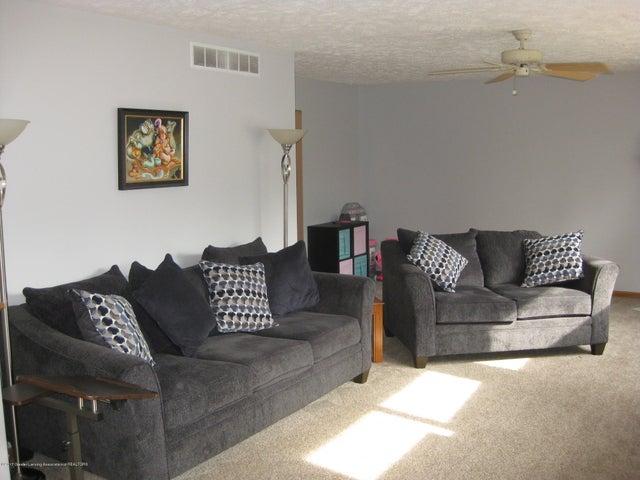 13831 Mead Creek Rd - Living Room - 10