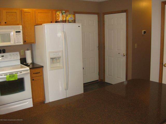 13831 Mead Creek Rd - Kitchen - 17