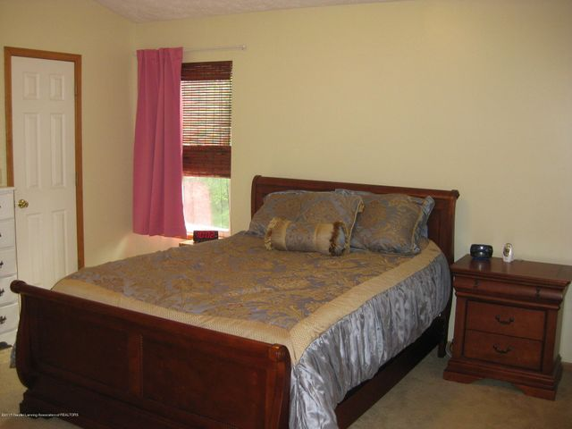 13831 Mead Creek Rd - Master Bedroom - 21