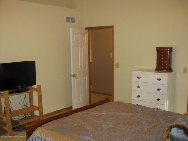 13831 Mead Creek Rd - Master Bedroom - 22