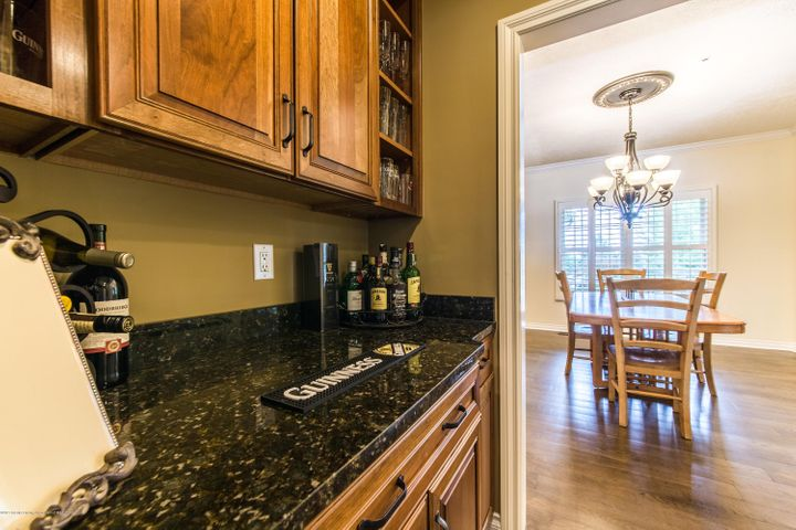 3262 Canopy Dr - Butler Pantry - 9