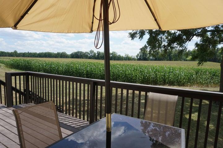 8542 E Price Rd - 8542.Price.Porch.view - 24