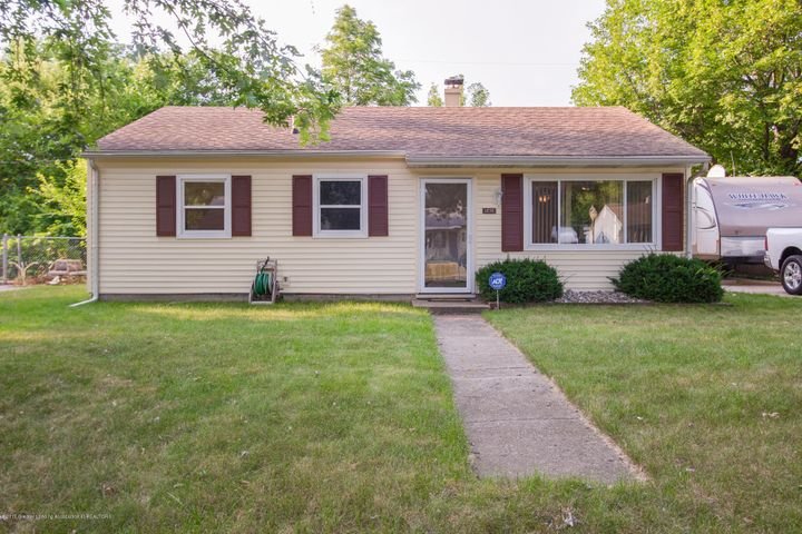 1232 Warwick Dr - Front - 1