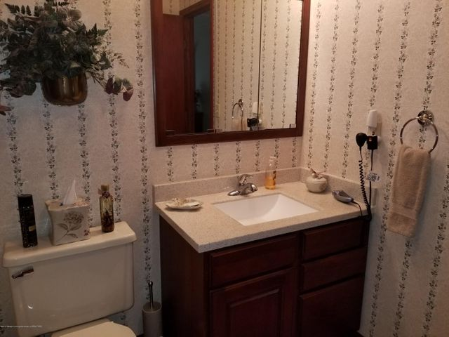 4225 Driftwood Dr - Master Bath - 12