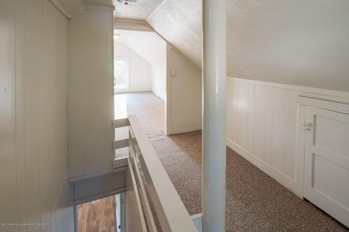 1532 Vermont Ave - Upstairs - 9