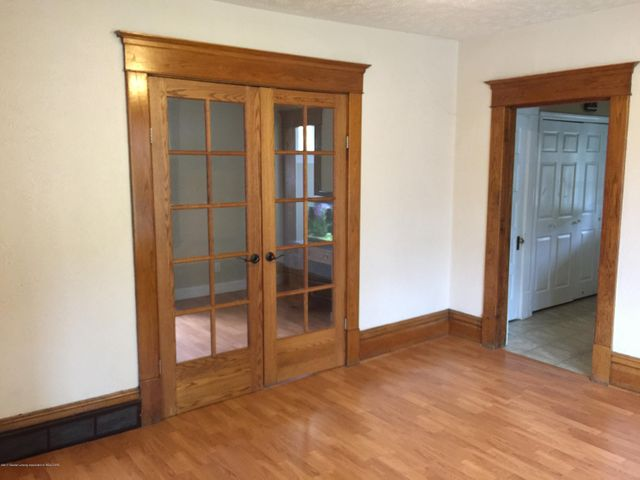 214 Woodlawn Ave - Dining Room - 7