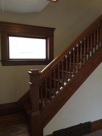 214 Woodlawn Ave - Stairway - 4