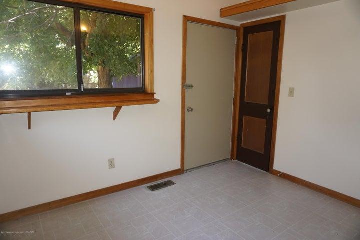 823 Princeton Ave - 001 - 10