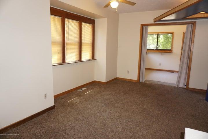 823 Princeton Ave - 004 - 8