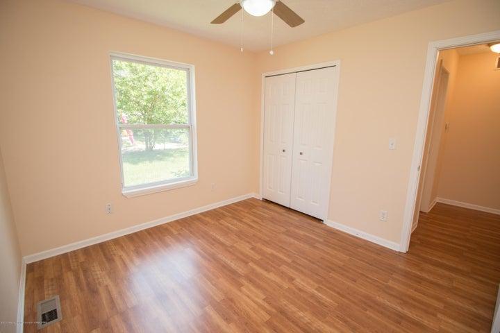 1317 W Kalamazoo St - First Floor Bedroom - 8