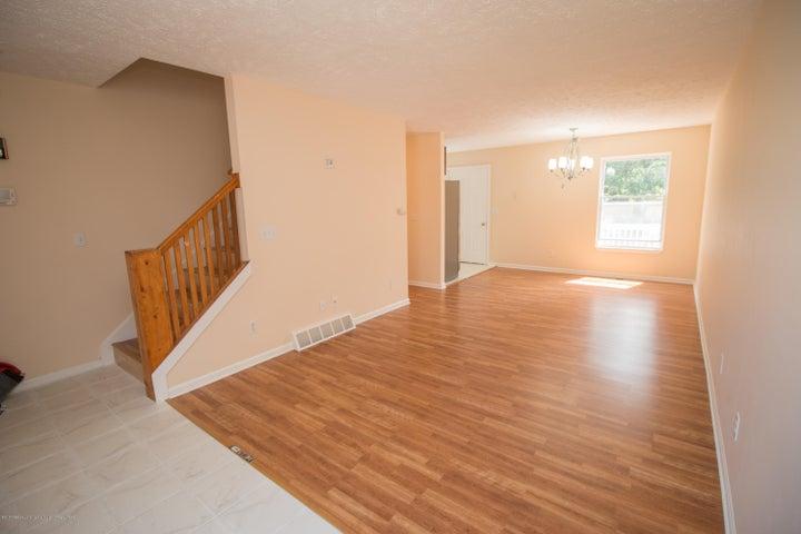 1317 W Kalamazoo St - Living Room - 3
