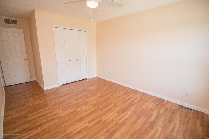 1317 W Kalamazoo St - 3rd Bedroom - 14