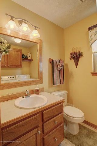 2578 Cunningham Dr - Bathroom - 25