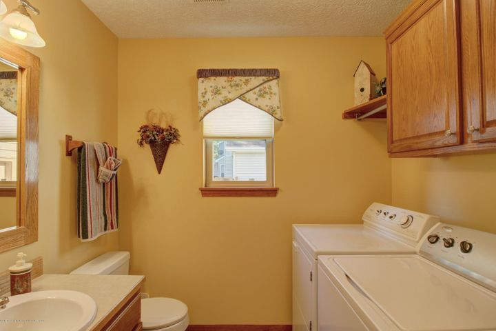 2578 Cunningham Dr - Laundry Room - 26